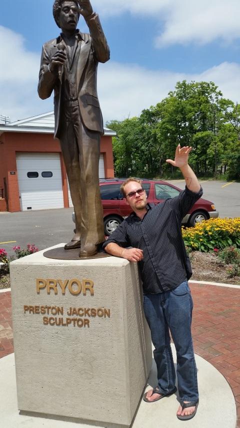 2015.07.12 - Peoria IL - Richard Pryor statue 01